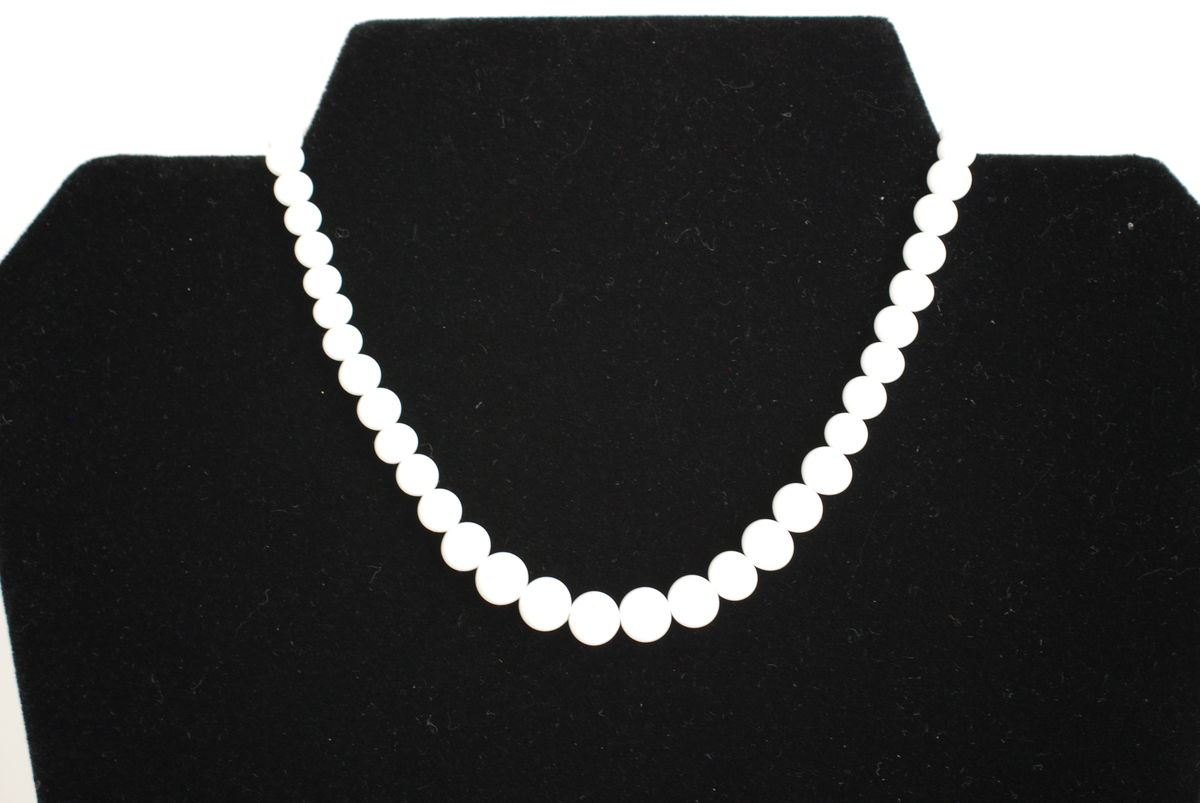 Vintage Milk Glass Necklace Graduated Bead Choker  - product images  of