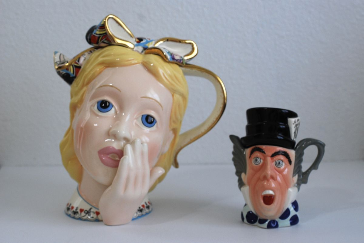 Alice in Wonderland Head and Mad Hatter Teapots by Paul Cardew - product image