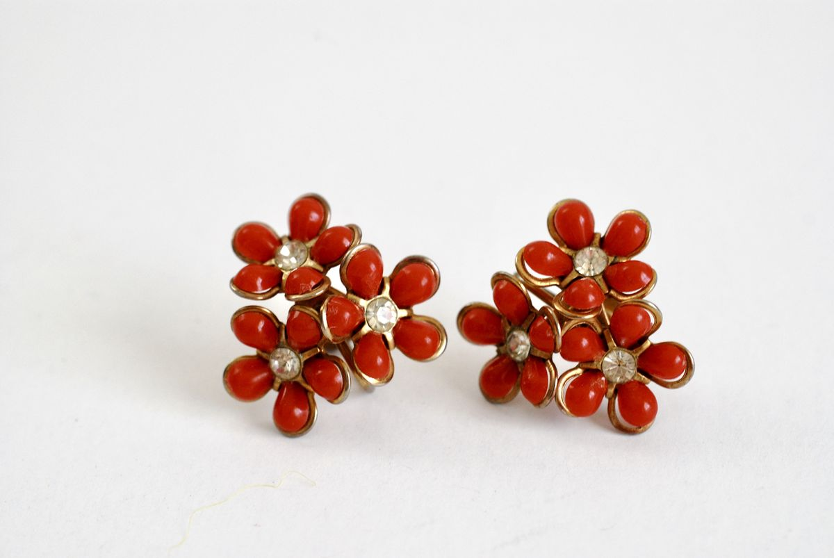 Vintage 1950s Multiple Flower Earrings in Red w/Rhinestone Center - product images  of