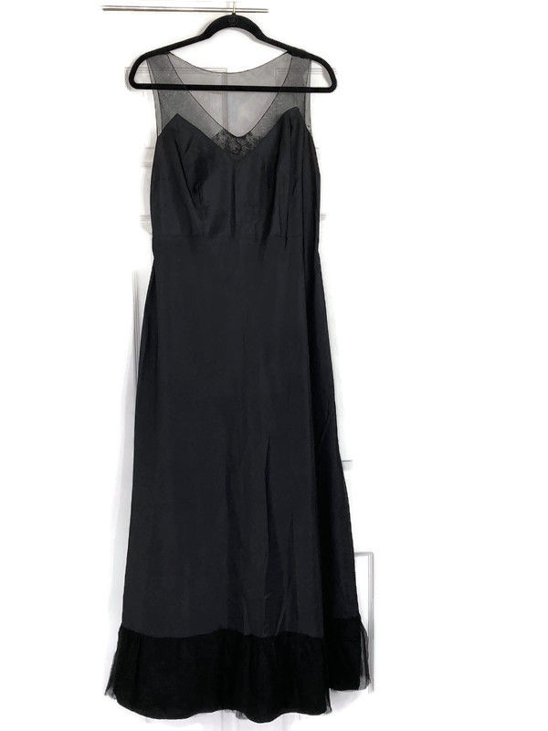 1930s Black Taffeta Evening Dress w/Lace Insets Size Large - product image