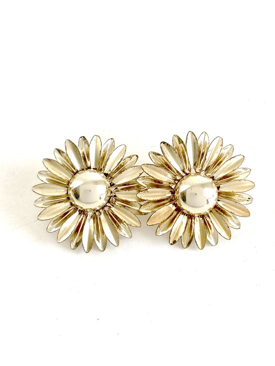Gold Tone Daisy Clip On Earrings - product image