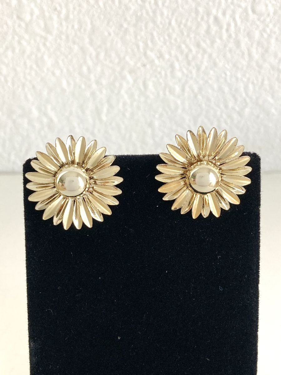 Gold Tone Daisy Clip On Earrings - product images  of