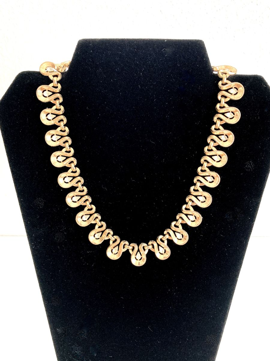 1930s Trifari Gold Tone Teardrop & Crystal Necklace - product image