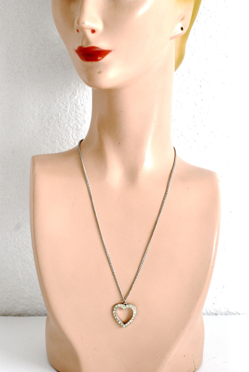 Vintage 1950s Clear Rhinestone and Rhodium Heart Pendant Necklace - product images  of