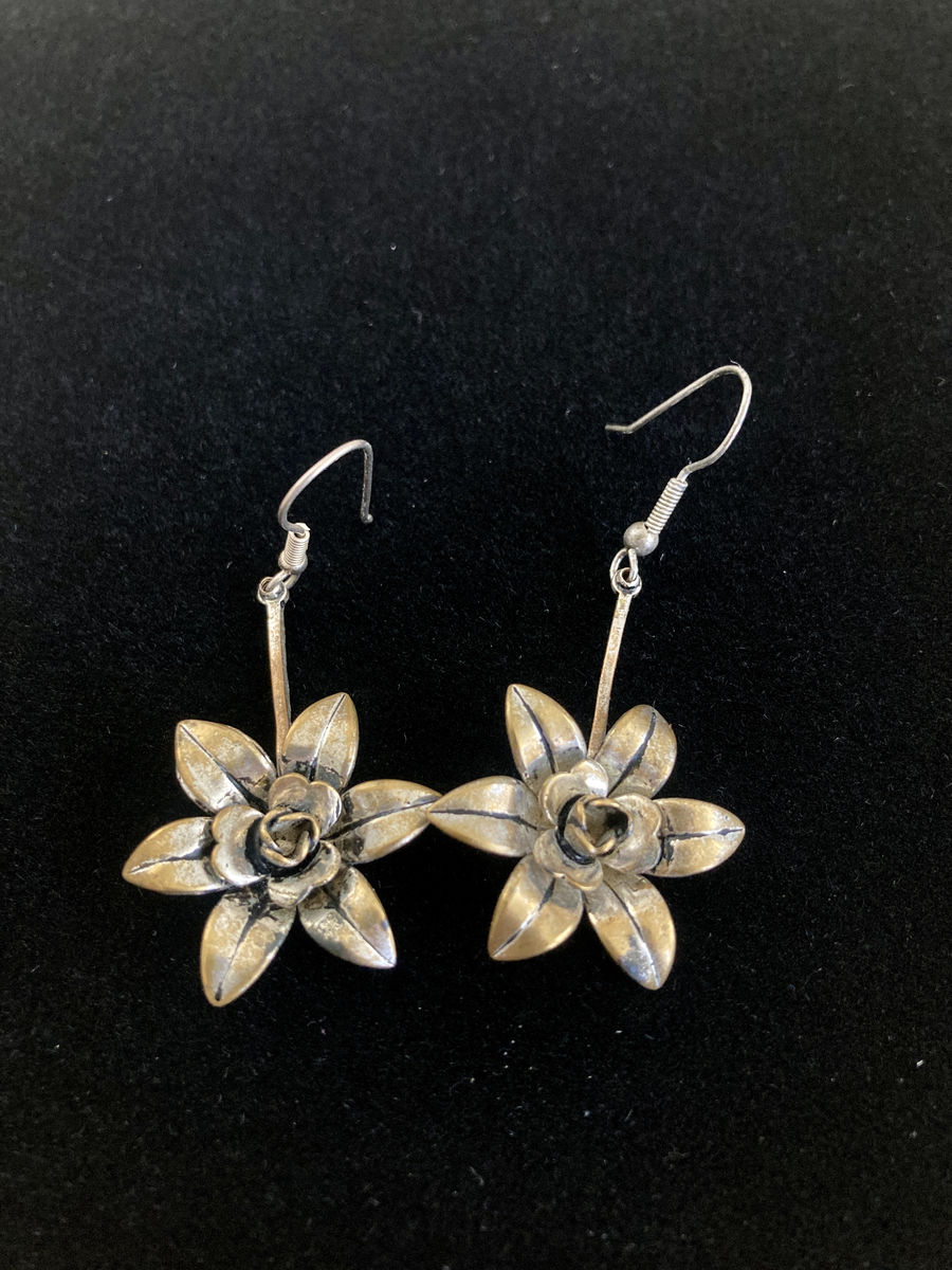Vintage Sterling Silver Flower Dangle Earrings - product image