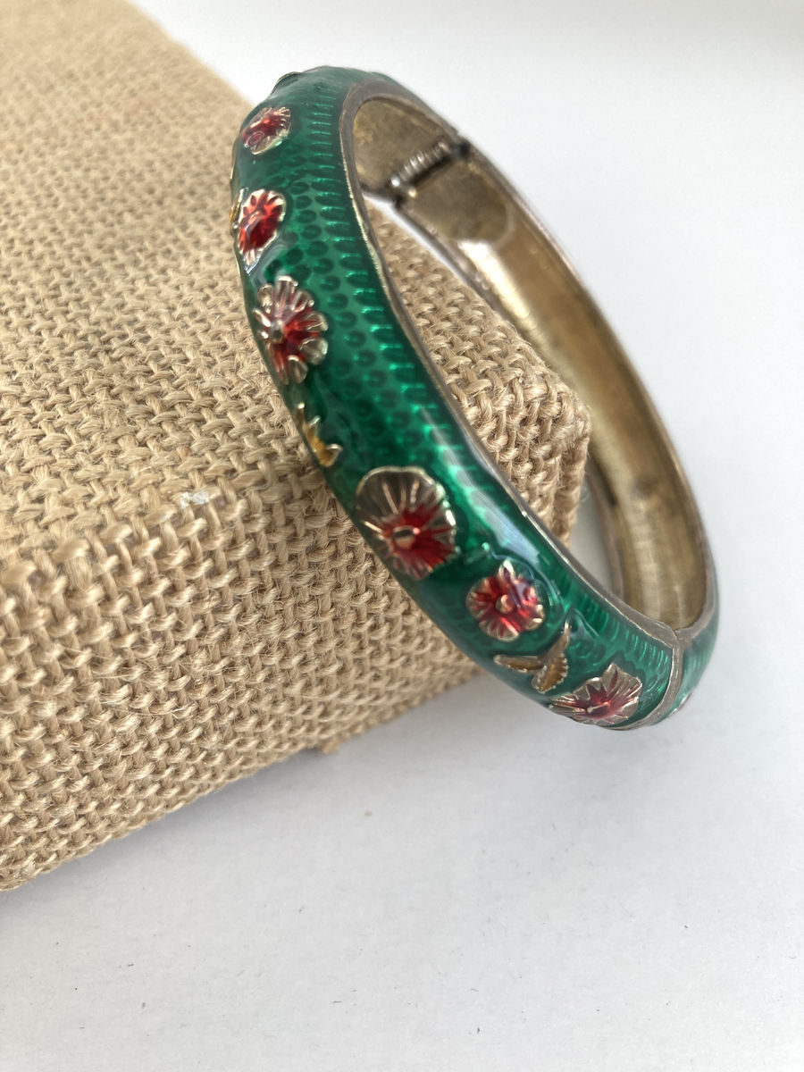 Green Enamel Hinge Bracelet W/Red Flowers - product image