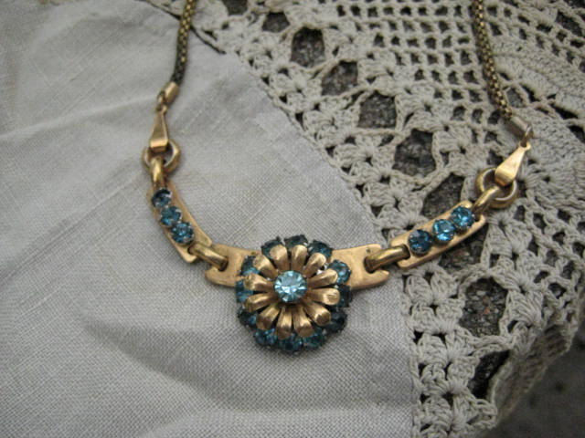 Vintage Rhinestone Necklace Aquamarine Barclay 1940s - product image