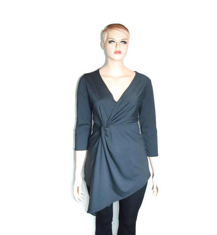 The,Kobieta,Hip,Knot,Tunic,knot shirt, twist shirt,plus size shirt,bamboo jersey, petite shirt, tunic,womens tunic,womens long shirt, custom womens shirt,made to measure,womens shirt,bamboo