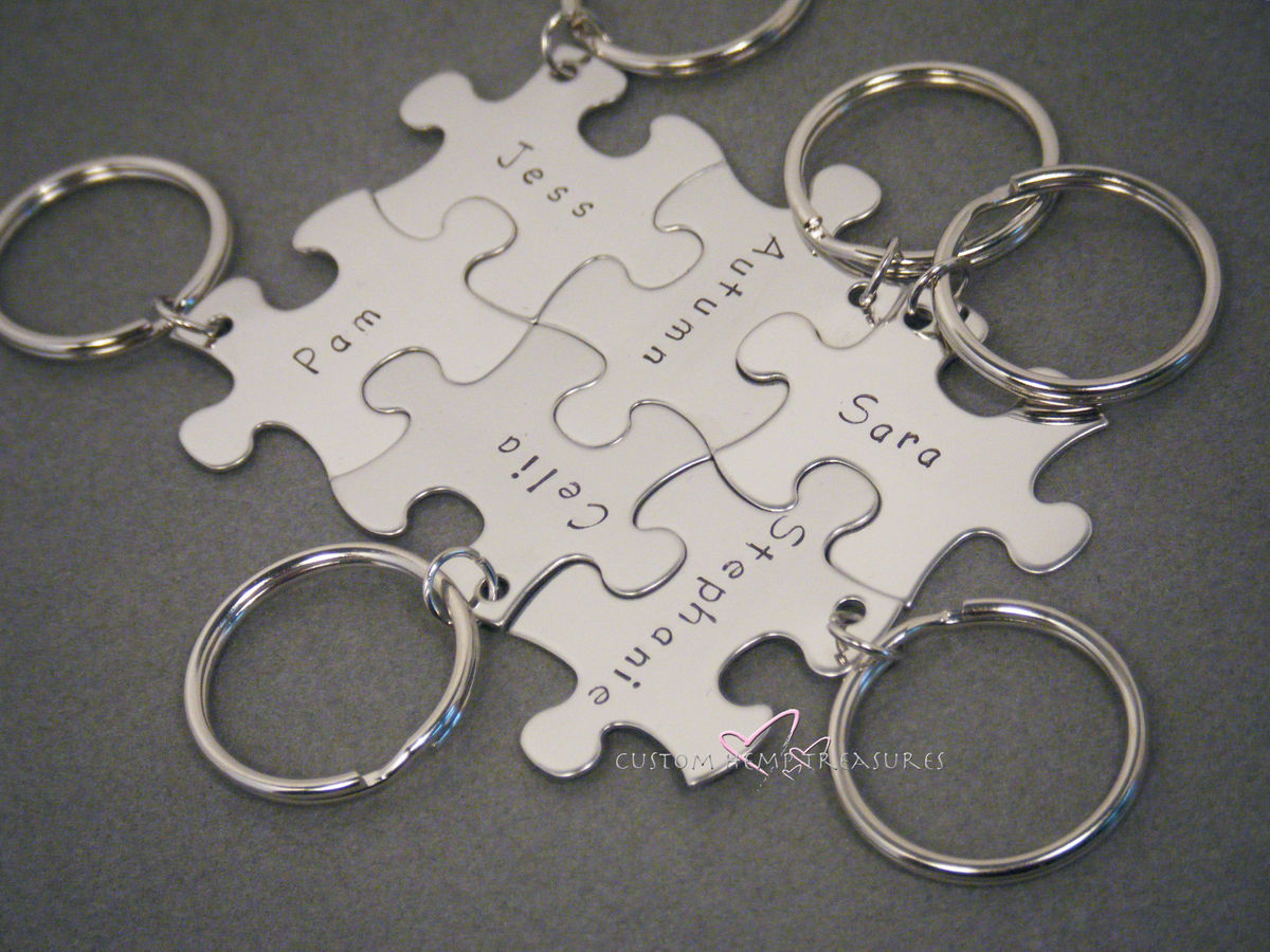 Set of 6 custom puzzle keychains with Names or Dates or Initials, Personalized for your family or team - product image
