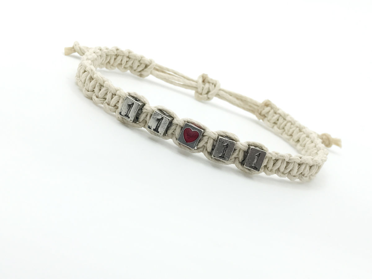 Adjustable Hemp Date bracelet with heart bead - product image