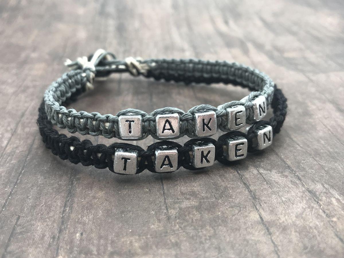 couples bracelets near me