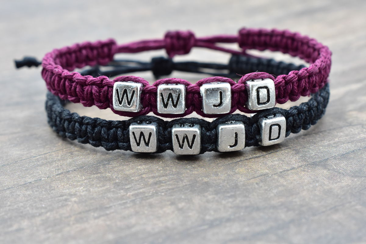 Set of WWJD Bracelets in purple and black hemp Adjustable - product image