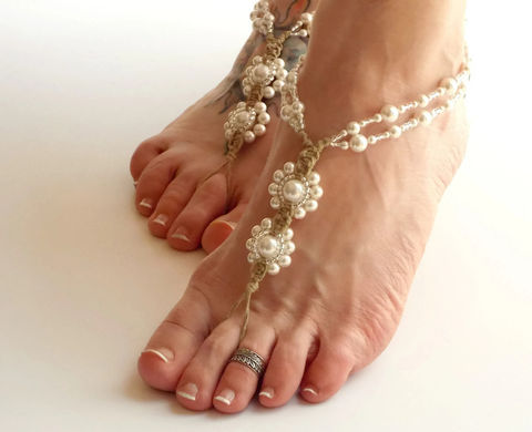 White,Beaded,Pearl,Barefoot,Wedding,Sandals,destination wedding, bride to be, honeymoon, foot jewelry, bridal jewelry, pearl anklet, white wedding, brides footwear, beach sandals, beach wedding