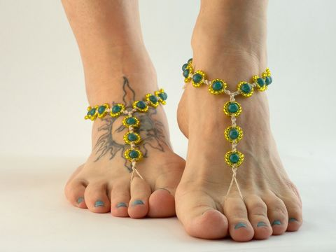 Hemp,Daisy,Chain,Barefoot,Sandals,daisy-flower-barefoot-sandals, hemp-daisy, hemp-jewelry, handmade, barefoot-sandals, barefoot-jewelry, barefoot-anklet, bottomless-sandals, footless-sandals, soleless-sandals, beach-foot-jewelry, beach-footwear