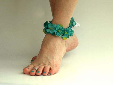 Teal,Hydrangea,Flower,Anklets/Armlets,anklets, flower-anklet, flower-armlet, lei, tropical-flower-accessory, teal, lime, ankle-flower-lei, arm-cuff, flowers, ankle-cuff