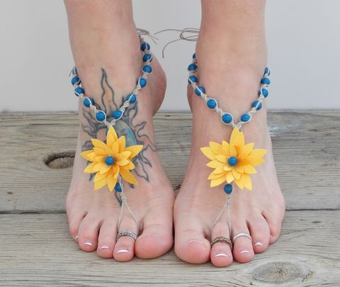 Sunflower,barefoot,sandals,,yellow,and,corn,flower,blue,yellow-blue-wedding-accessories, sunflower-sandals, sunflower-wedding, wedding-shoes, barefoot-sandals, cornflower-blue-wedding, beach-wedding-shoes, wedding-sandals, bridal-sandals, barefoot-jewelry-yellow, yellow-flower-sandals