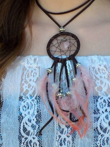 Rose,quartz,dream,catcher,choker,necklace,pink-dream-catcher, dream-catcher-choker, leather-choker, boho-choker, bohemian-choker, pink-choker, dreamcatcher, feather-necklace