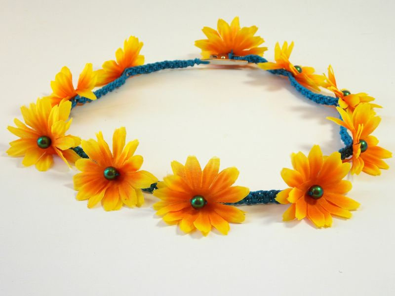 Daisy flower headband, hippie flower crown, music festival outfit - product images  of