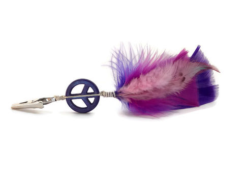 Peaceful,Purple,Haze,short,feather,roach,clip,feather-roach-clip, roach-clip, cannabis-clip, joint-clip, hippie-clip, hippie-feathers, purple-peace-feathers, purple-peace-clip, purple-feather-roach-clip, hair-feathers, clip-in-feathers, alligator-clip-feathers, retro-feather-clip, short-feather-roach