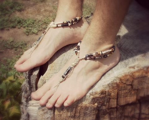 Hippie,Festival,Barefoot,Sandals,for,Men,toe-Accessories,beach_wedding,natural_brown,simulated_bone,unisex,organic_hemp,mens_jewelry,foot_jewelry,hemp_sandals,barefoot_sandals,barefoot_sandal,barefoot,sandals,men,hemp,simulated_bone_beads,wooden_beads,sea_shells