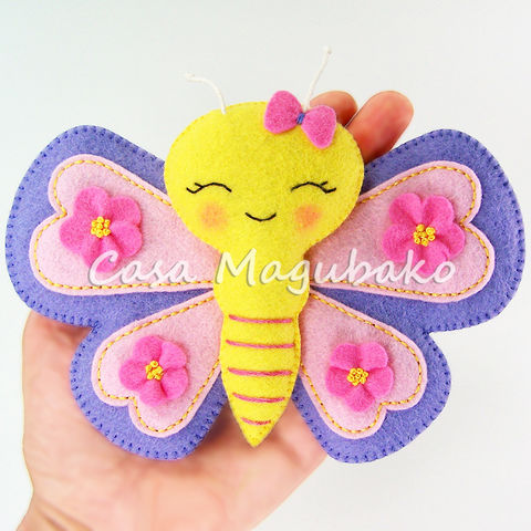 Felt,Butterfly,Digital,Pattern,–,PDF,File,Butterfly Ornament digital tutorial, Butterfly sewing pattern, sewing digital pattern, butterfly tutorial, Felt butterfly pattern, butterfly templates, PDF File, sewing instructions, hand-stitched felt, Spring Ornaments DIY, Stitched butterfly