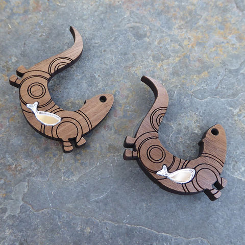 otter brooch (walnut) - product images  of