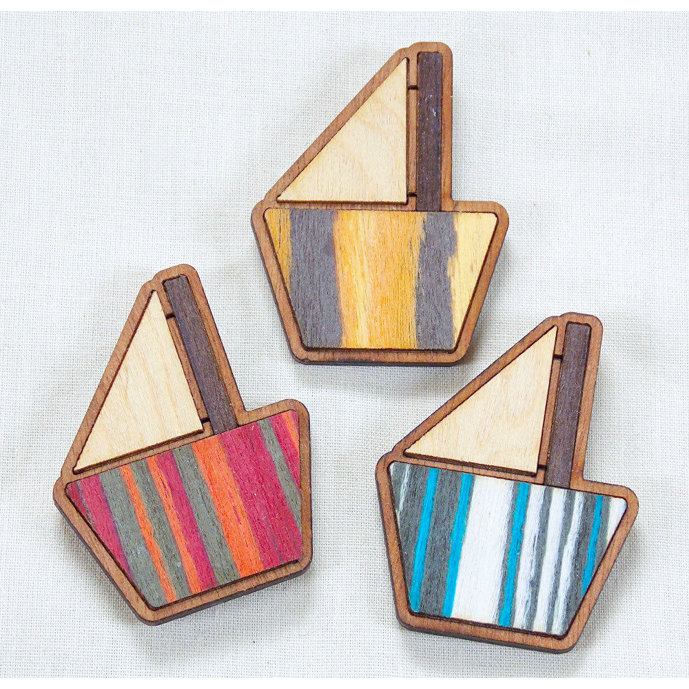 Sailing boat fridge magnets - product image