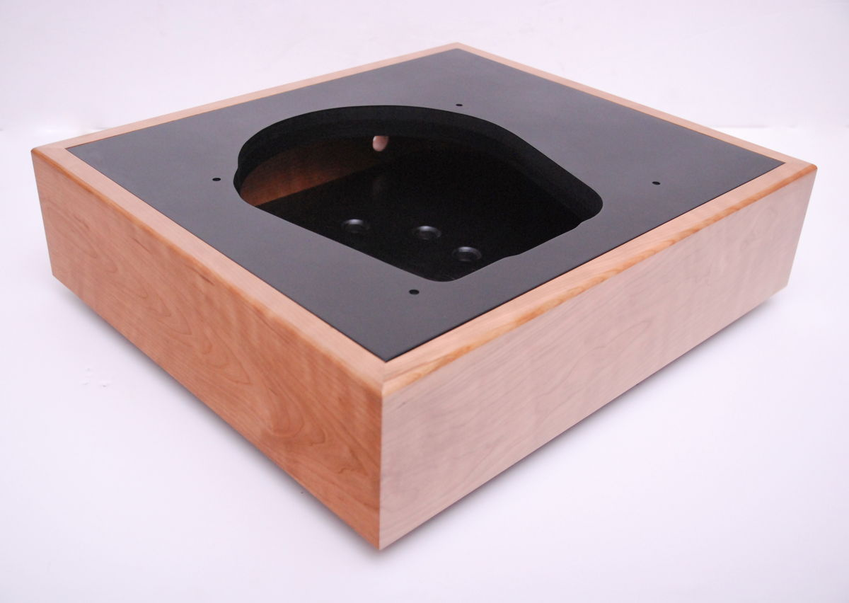 Classic Solid Wood Plinth For All Stand Alone Turntable Motor Units - product image