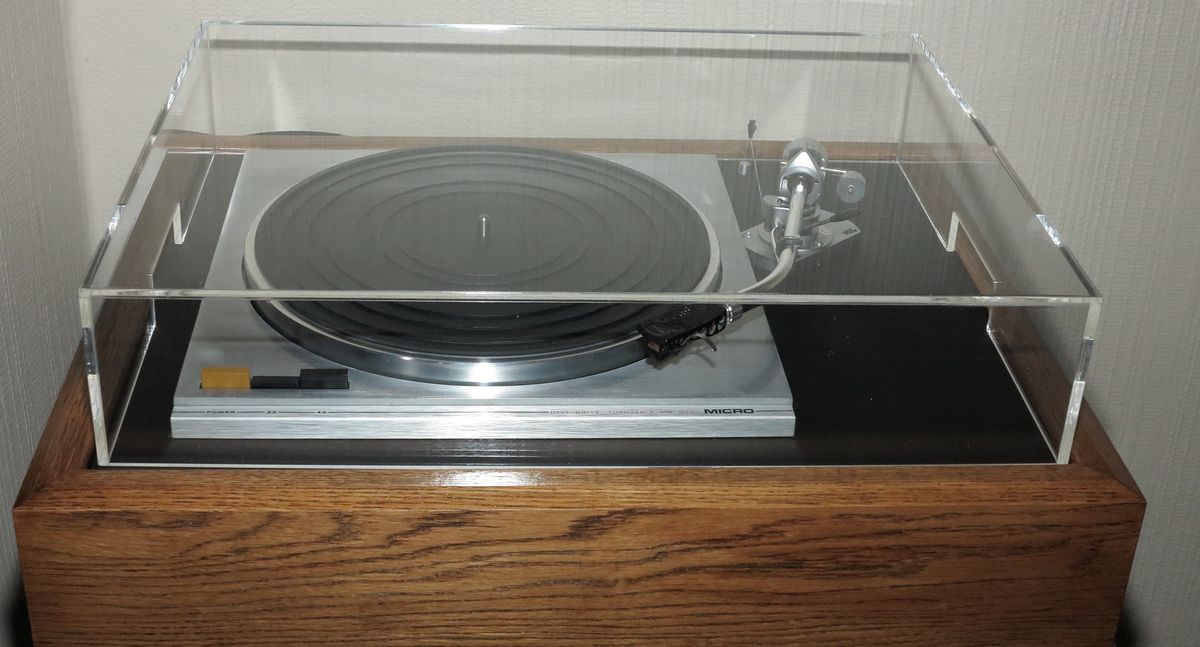 Acrylic Turntable Custom Dust Covers, Sloped Fronted Available. - product images  of