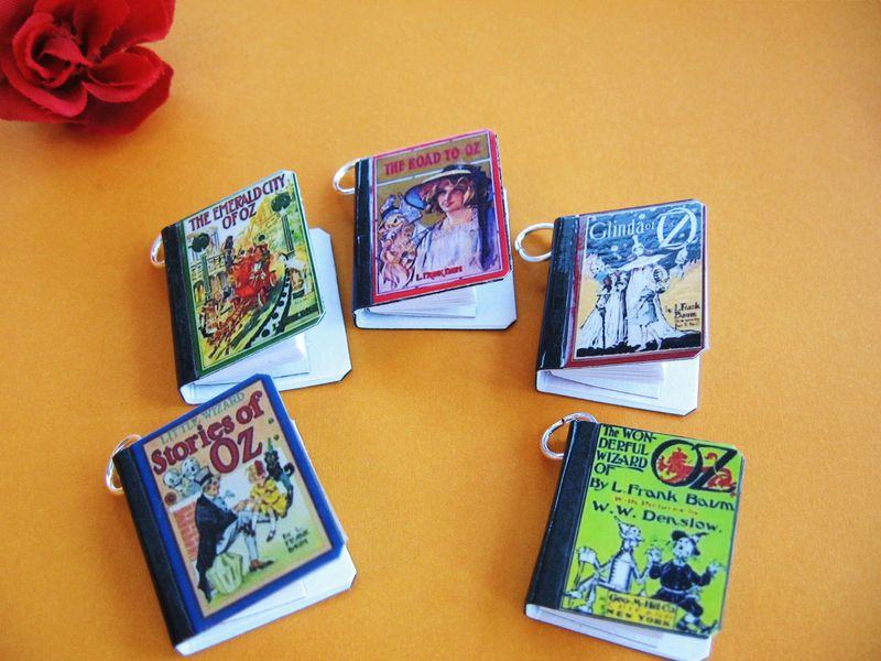 Old Oz Miniature Book Charms Set of All Five - product image