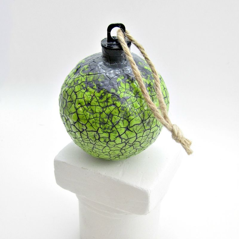 Handmade Crackled Light Green Paper Mache Ornament: Citron - product images  of