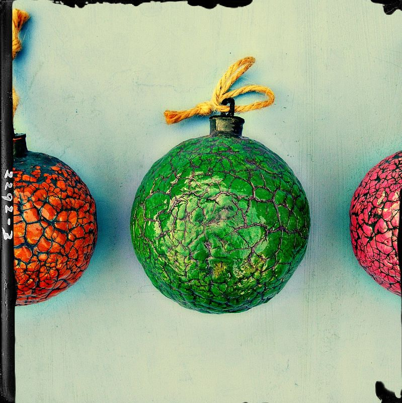 Handmade Crackled Green Paper Mache Ornament: Mistletoe - product images  of