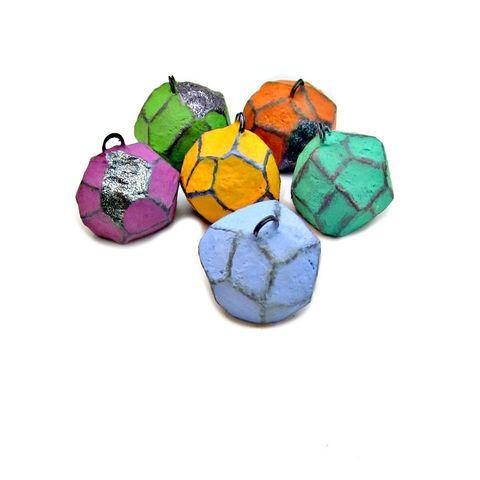 Colorful,Faceted,Paper,Mache,Nugget,Placecard,Note,Picture,Holder,Set:,Equinox,paper mache nuggets, papier mache note holder, salvaged paper photo holder, colorful papier-mâché place card holders, spring decor accents, earth friendly gifts, recycled paper decor