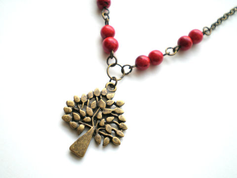 Red,Beaded,Brass,Tree,Necklace-,Berry,Jewelry,Necklace,beaded_necklace,red_necklace,antique_brass,charm_necklace,tree_of_life,simple_necklace,lightweight_necklace,autumn_necklace,tree_necklace,botanical_necklace,nature_necklace,under_20,new_jersey,pendants,chain,red stones,lobster clas
