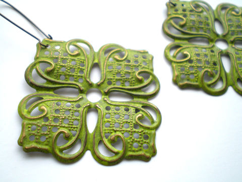 Citrus,Green,Hand,Painted,Lotus,Filigree,Earrings,Jewelry,Metal,bridesmaid_gifts,lotus_flower,gypsy_earrings,filigree_earrings,green_earrings,citrus_earrings,lime_green_earrings,bohemian_earrings,painted_earrings,hand_painted,lightweight_earrings,boho_earrings,under_25,filigrees,brass kidney ear