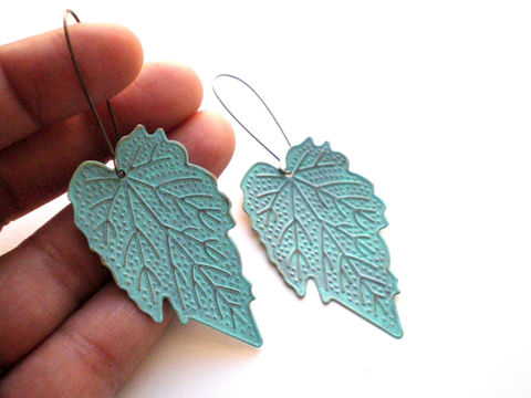 Verdigris,Hand,Painted,Leaf,Earrings,Mint,Green,Jewelry,Dangle,bridesmaid_gifts,painted_earrings,leaf_earrings,nature_earrings,verdigris_earrings,green_earrings,turquoise_earrings,filigree_earrings,mint_green_earrings,hand_painted,painted_filigree,under_25,nickel_free,filigrees,copper kidney e