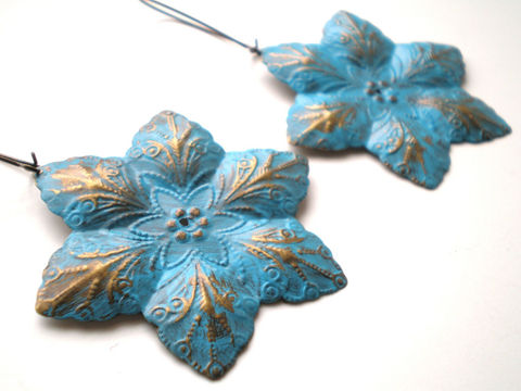 Caribbean,Blue,Hand,Painted,Filigree,Flower,Earrings,Women's,Fashion,Jewelry,Dangle,bridesmaid_gifts,free_shipping_etsy,hand_painted,caribbean_blue,bohemian_earrings,flower_earrings,ocean_blue_earrings,star_earrings,women's_jewelry,fashion_jewelry,metal flowers,brass kidney ear wires