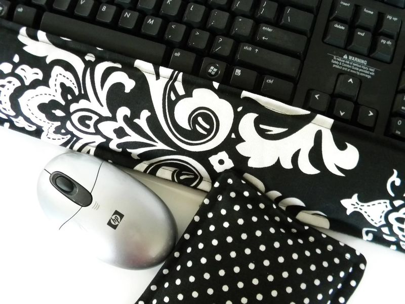 Hot Cold Ergonomic Keyboard Wrist Pads, Microwaveable Wrist Pillow Support Carpal Tunnel - product images  of