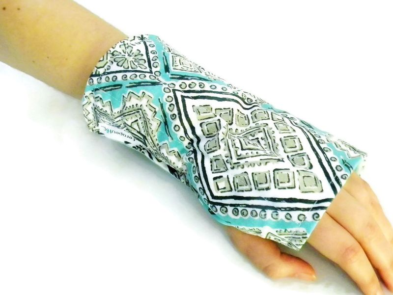 Microwave Wrist Wrap or Cold Wrap for Wrists Arm, Carpal Tunnel, Tendonitis Help with Hot Cold Wrist Packs - product images  of
