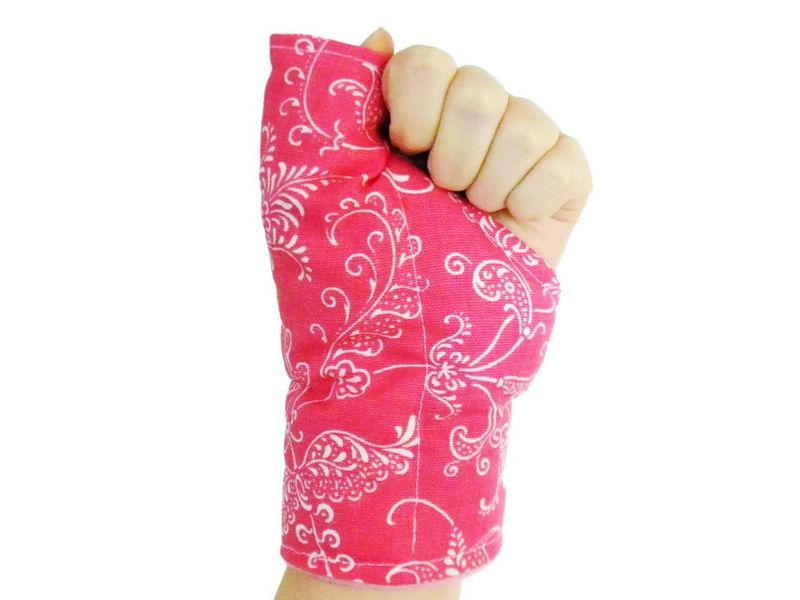 Thumb Wrap for Texting, Gaming, Overuse - Cold or Heat Pack for Sore Thumb Wrists - Carpal Tunnel Tendonitis - product images  of