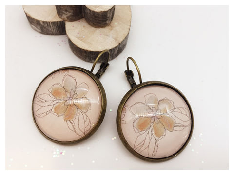 Flower,Earrings,earrings, modern, contemporary, bronze, flower, cream, beige