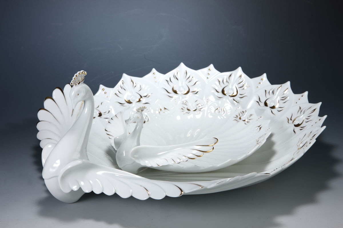 Graceful Peacock Series - Plate  華舞雀屏盤(中) - product images  of