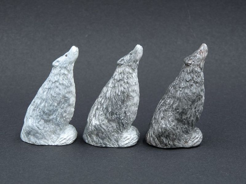 Sitting Wolf Statue - product image