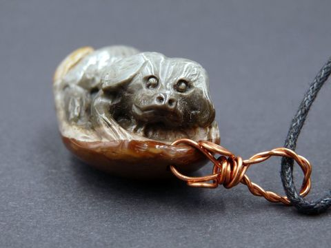 Succor,Creek,Jasper,carved,Dog,necklace,succor creek jasper,succor creek jasper carving,carved succor creek jasper,carved dog pendant,carved jasper dog