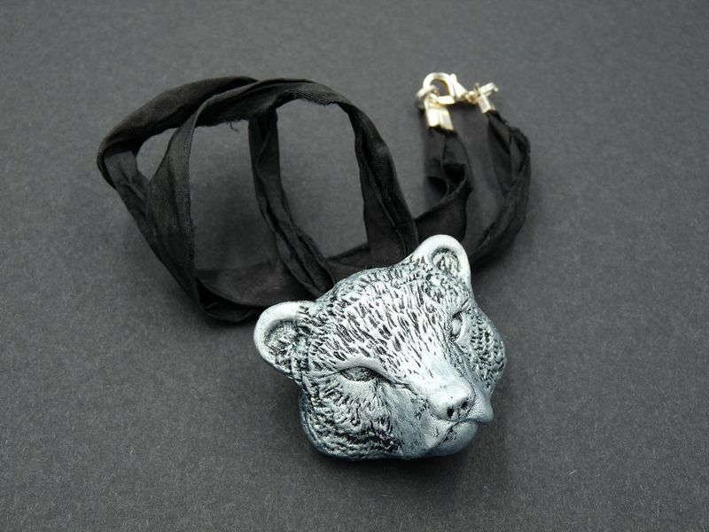 Bear head necklace - product image