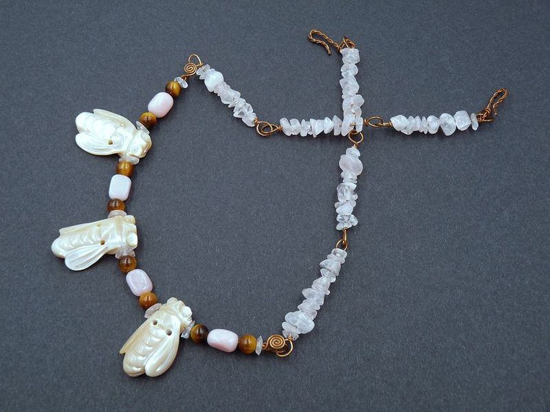 The Bee Keeper necklace - product image