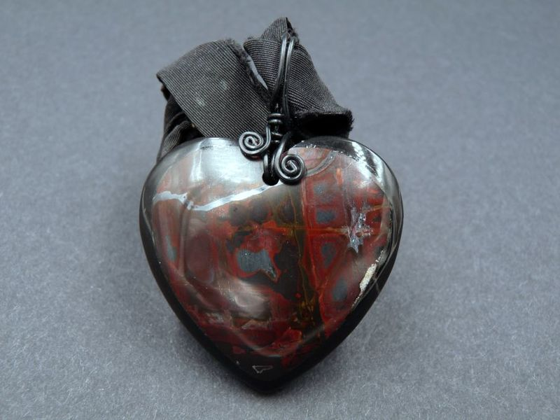 Gothic Heart necklace, carved Jasper and Agate - product image