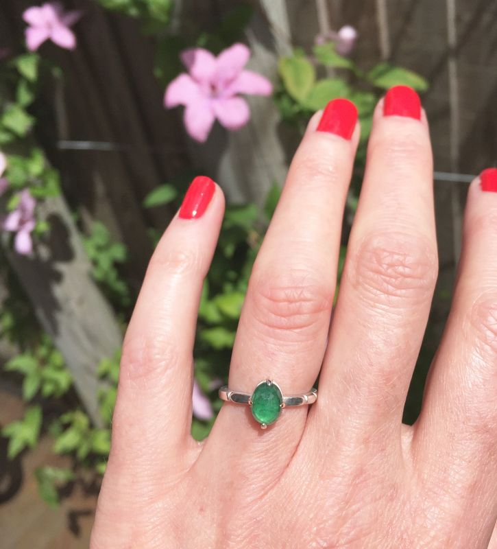 Oval emerald hand sculpted ring - product images  of