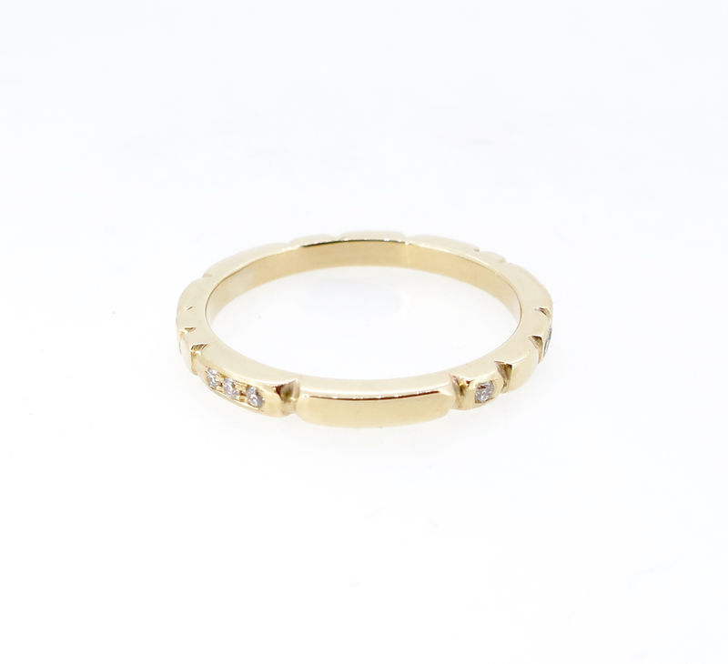 Sculpt gold ring with diamonds - product images  of