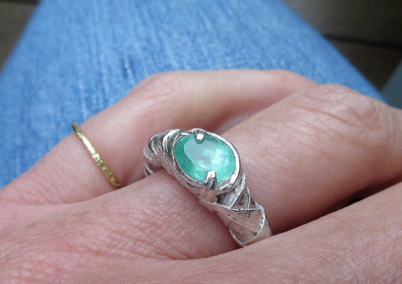 WOVEN ring encased with oval emerald - product images  of